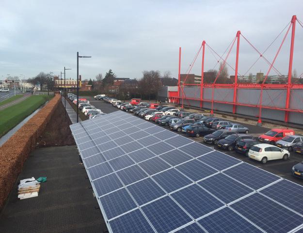 Wattco en Enphase Energy maken op een veilige, efficiënte manier de weg vrij voor duurzame mobiliteit. Dat is goed voor mens en milieu.