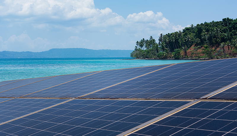 Solar Islands: Addressing Blackouts and Outages with Grid-Agnostic Solar